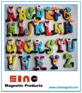 26 Alphabet Wooden Cartoon Fridge Magnet/Education Cute Toys pictures & photos