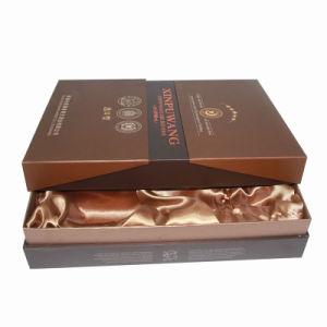 High Quality Gift Packaging Paper Wine Box with Silk Insert pictures & photos
