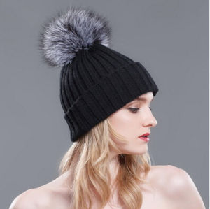 Fashion Cute Custom Warm Fox POM Poms Fur Top Ball Beanie Hat Girls Knitted Winter Hat pictures & photos