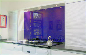 Tempered Splash Board Glass with White Green Blue etc pictures & photos