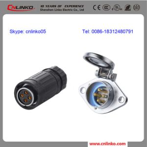 2015 Newest Waterproof IP65 Tube Connector 4 Pin pictures & photos