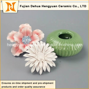 Ceramic Perfume Bottle Burner with Flower Cap pictures & photos