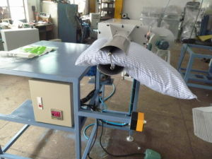 Fabric Roll Pillow and Cushion Packing Machine pictures & photos