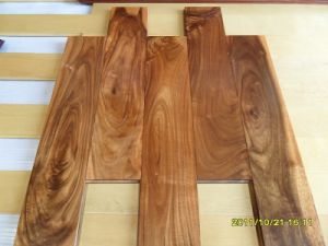 Foshan Prefinished Asian Walnut Solid Wood Flooring pictures & photos