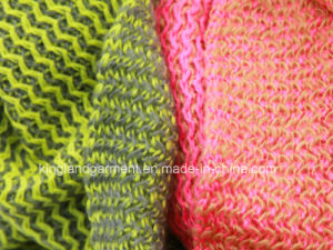 100% Acrylic Pink/Green Zigzag Knitted Neck Scarf pictures & photos