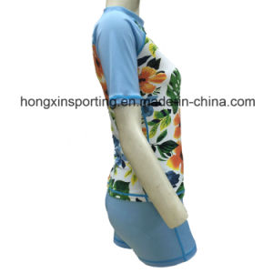 Women`S Short Lycra Two-Piece Rash Guard for Swimwear, Sports Wear and Diving Wear pictures & photos