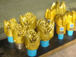 "Drilling Bit/PDC Oil Bit/Oil Drilling Bit /Rocky Bit/API 13 1/2"" Steel Tooth Bit Milled Tooth Bit Tricone Drill Bit for Oilfield Drilling pictures & photos"
