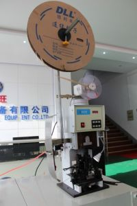 Wre Stripping and Terminal Crimping Machine pictures & photos
