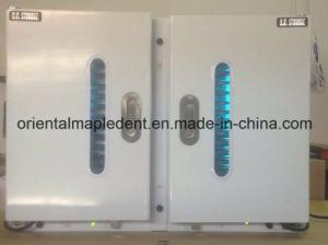 Double Door Dental Instruments UV Disinfection Sterilization Cabinet pictures & photos