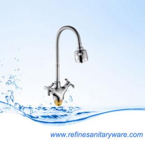 New Design Zinc Kitchen Faucet Mixer (R7018877C-M7302Y)