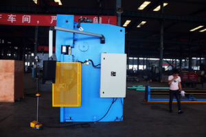 Durmapress Hydraulic CNC Press Brake 160t3200 with E21 Controller pictures & photos