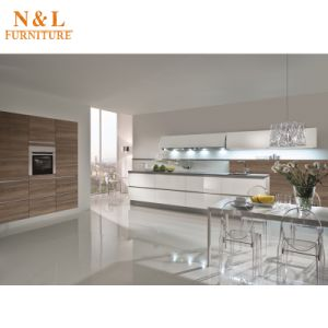 2017 Melamined Faced Chipboard MFC Kitchen Cabinet with Blum Handware pictures & photos