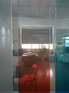 High Light Transmittance Gradient Changed Color Smart Glass pictures & photos
