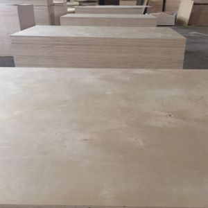 Best Quality Birch Plywood for Furniture/Decoration/Packing pictures & photos