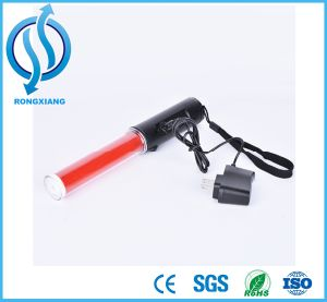 High Quality Standard Portable LED Traffic Baton Flashing Traffic Baton pictures & photos
