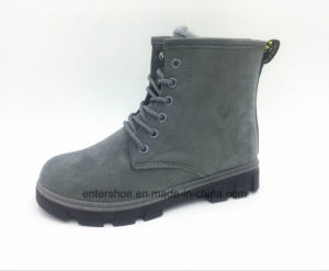 Four Colors Short Cut Leisure Women Boots with PVC Outsole (ET-CH160271W) pictures & photos