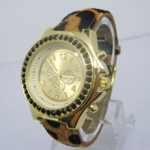 Hot Selling Quartz Fashion Lady Gift Watch pictures & photos