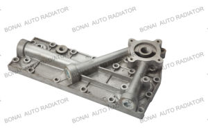 Komatsu Oil Cooler Side Cover 6D95 (5P) (OEM: 6207-61-5110) (thin type) pictures & photos