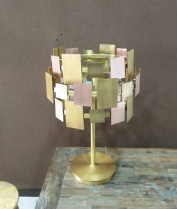 Modern Style Steel Muti-Colors Shade Table Lamp (WH-3066T) pictures & photos