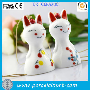 Charming Smile Japanese Ceramic Cat Hanging Ornament pictures & photos