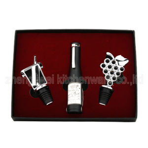 Wine Gift Set with Wine Accessories (600719-C) pictures & photos