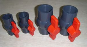 Various Size of PVC Compact Plastic Ball Valve pictures & photos