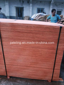Thailand Market 8mm Plywood with Strip Core and Red Painting pictures & photos