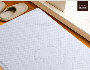 Wholesale 100% Cotton Bathroom Floor Mat for Hotel pictures & photos