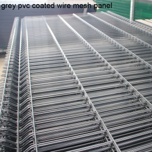Welded Wire Fence in PVC Coated Use for Airport pictures & photos
