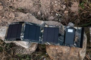 ISO Factory Original Solar Charger Mobile Phone Power Bank 10000mAh pictures & photos
