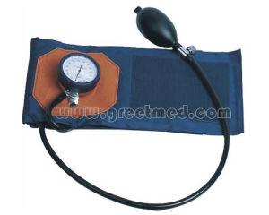 Hospital Arm Type Aneroid Sphygmomanometer pictures & photos