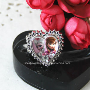Frozen Adjustable Finger Ring -Anna and Elsa Ring with Moveable Stone Into Pendant pictures & photos