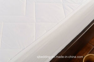3D Mesh Fabric Quilted Cotton Mattress Protector pictures & photos