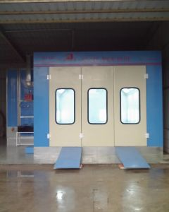 Standard Paint Spray Booth Paint Booth pictures & photos