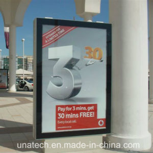 LED Advertising Outdoor Shipping Street Media Banner Film Scrolling Light Box Display pictures & photos