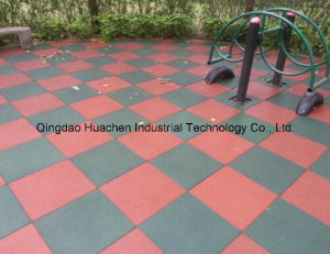 Colorful Recycled Rubber Granule Pavers/Tiles pictures & photos