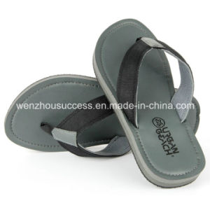 Comfortable Flat V-Strap Flip Flop pictures & photos