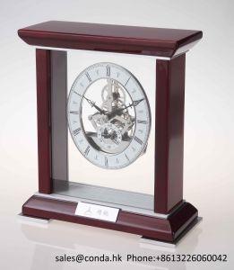 Super Luxury Business Home Decor Wooden Desk Clock K3044 pictures & photos