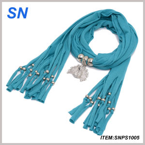 2014 Lady′s Fashion Rhinestone Peacock Pendant Scarves pictures & photos