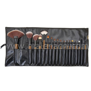 18PCS Professional Cosmetic Brush for Makeup School pictures & photos