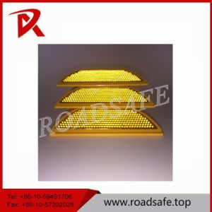 Traffic Safety Plastic Cat Eye Road Marker Stud pictures & photos