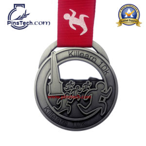 Gold Football Medal with 3D Relief Design pictures & photos