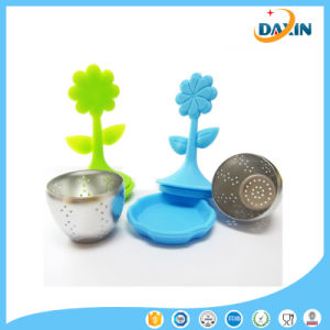 Good Quality Sunflower Silicone Tea Strainer with Stainless pictures & photos