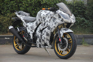 150cc, 200cc, 250cc Racing Motorcycle with Newspaper Pattern pictures & photos