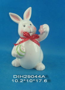 Easter Decoration Hand-Painted Ceramic Rabbit pictures & photos