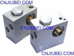Screw Air Compressor Pump for Sale Generator Thermostat Valve pictures & photos