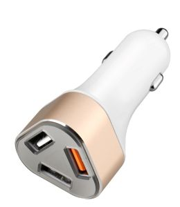 Mobile Phone Super Car Charger 5V 2.4A 3 USB Car Charger for Smartphone pictures & photos