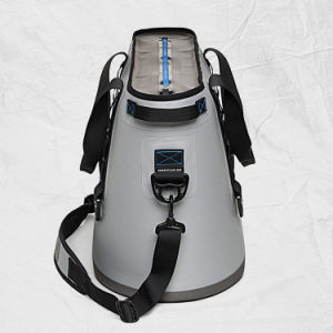 2017 Excellent Quality Portable Insulated Fishing Cooler Bag with Large Capacity pictures & photos
