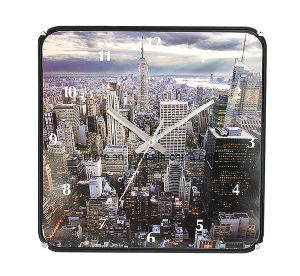 Beautiful Scenery in Modern City Customized Wholesale Wall Clock pictures & photos