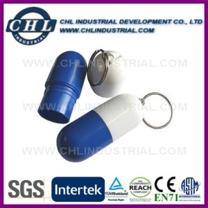 Capsule Shape Customized Logo Plastic Pill Box with Keychain pictures & photos